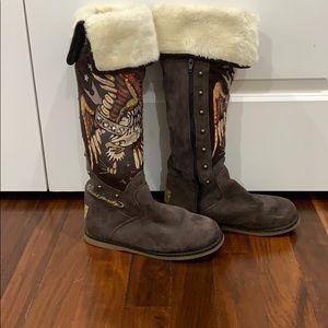 Ed Hardy Snowblazer suede boots
